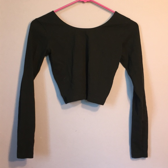45b2aaa4029 American Apparel Long Sleeve Black Tight Crop Top